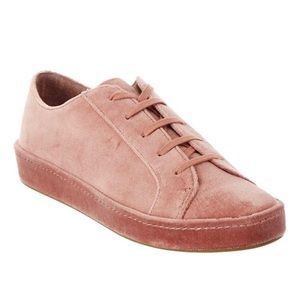 NEW Joie Pink Daryl Velvet Lace Up Sneaker 8